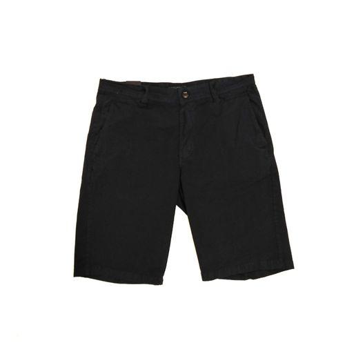 Short casual negro