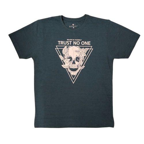 Camiseta estampada trust no one
